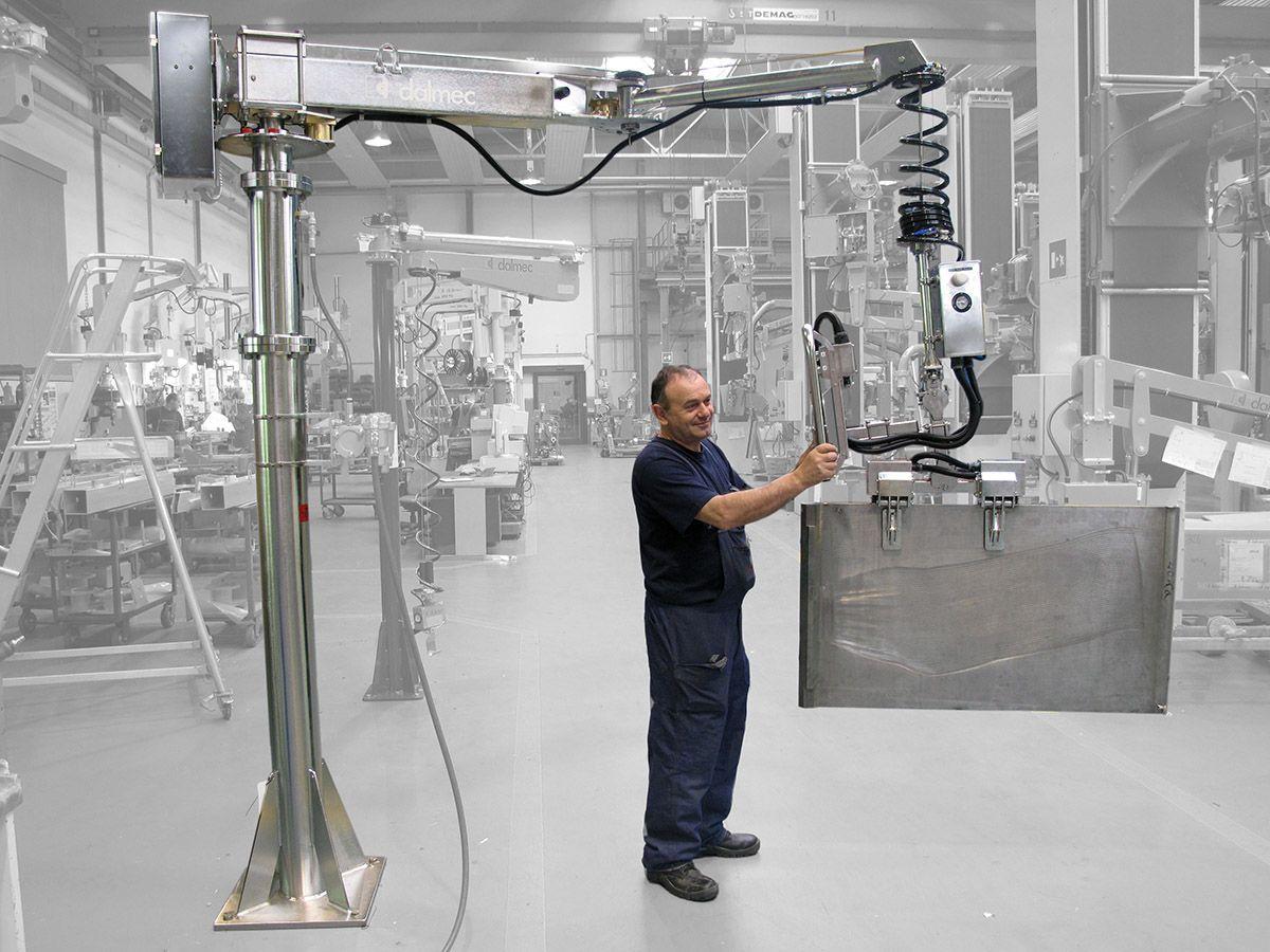 Manipulator równoważący ciężar Posifil na podwójnych linkach stalowych - Manipulatory DALMEC
